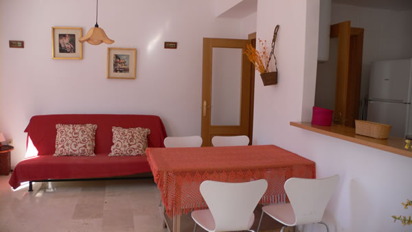 1 bedroom self-catering apartment, (sleeps up to 6)